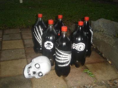 http://www.halloween-australia.com/wp-content/uploads/2013/06/Skull-Bowling-036.preview.jpg